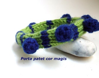 Bracelet in green and blue with Pompons, Upcycling