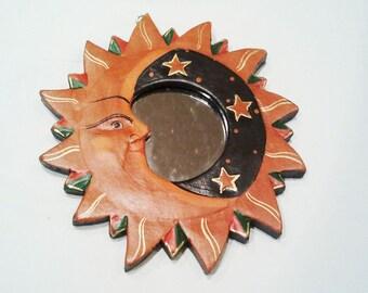 Sun, moon, stars, wooden plaque with mirror-Diam.cm. 18