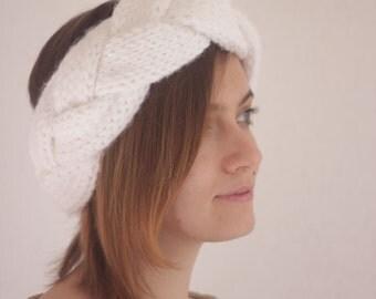 Knitted braid headband. Ear warmer. Winter headband. Chunky Wool Headband. Christmas gift.
