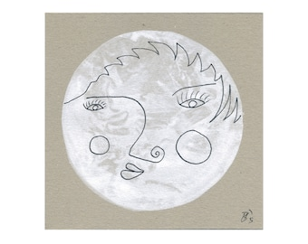 Image 15/15 moon face