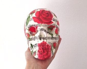 Red roses skull
