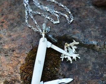 """Vintage """"D"""" Pocket Knife Necklace"""