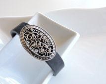Fitbit Bracelet Jewelry ~ Fitbit Flex bracelet Jewelry Slide-on Accessory - Beautiful Detailed Oval Design with Pops of Bling Rhinestones