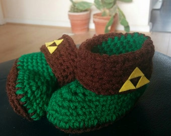 Crocheted baby booties - Legend of Zelda triforce