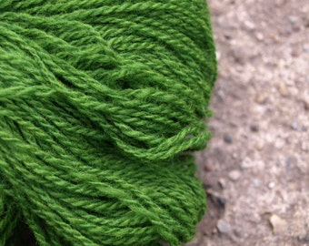 Grass Green 100% Natural Wool Yarn 100g