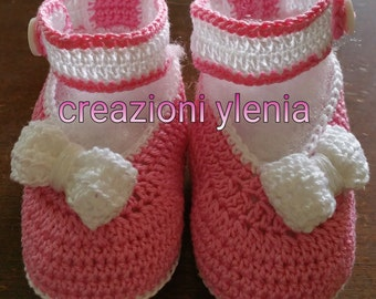Crochet shoe girl