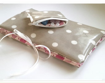 Cover 3-in-1 pink and taupe: range layers, protects health book and mini-matelas changing