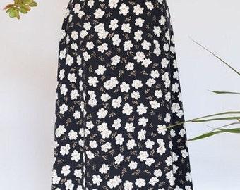 Vintage 1980's Black and Cream Floral A-Line Skirt