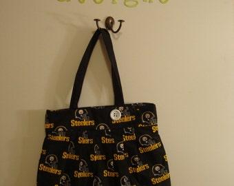 Steeler's large purse