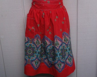 Vintage 60s Red and Turquoise Medalian Print Cotton Apron