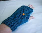 "Elegant Owl 7 1/2""  Fingerless Gloves Hand Knit  USA Gift Teal Acrylic Yarn One Size  FREE SHIPPING"