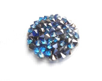 20mm Swarvoski Crystal covered round Disk in Bermuda Blue