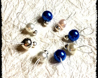 Snag Free Stitch Markers Small Set of 8 - Blue and White Glass Pearls -- K81 -- Up to size US 8 (5.0mm) Knitting Needles