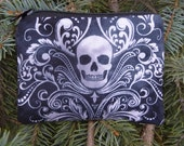 Skull coin purse, tee and ball marker pouch, gift card pouch, optional d-ring, Skull Damask, Raven