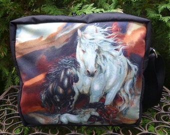 Horses shoulder bag, zippered cross body bag, medium sized, Horse Splendor, The Raccoon