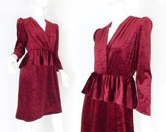 Vintage 70s Does 40s Red Velveteen Peplum Dress - Petite Small Women's Puffed Sleeve Film Noir Vamp Dress