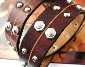 Two Tone Leather Dog Collar with Industrial Accents, Size L, to fit a 18-21in Neck, Eco-Friendly, OOAK