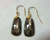 LAST DAY 20% OFF (Code:SALE20) Natural silver gray rose cut flat Sapphire gemstone, and 14K Solid Yellow Gold Earwires