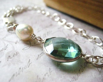 Aqua Jewel Bracelet, Sterling Silver, White Pearl,  Oval Chain, AAA Quality Pearl, Iridescent Pearl, Womens Jewelry
