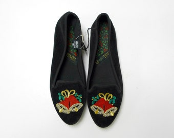 CHRISTMAS BELLS . holiday flats . size 5 . new with tag