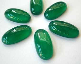 Gemstone Cabochon Onyx Green Oval 16x8mm FOR ONE