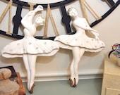 Vintage Pair of chalkware ballet dancers as-is