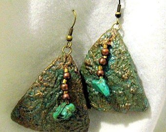 Pyramid Shaped Dangle Gourd Earrings