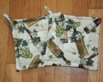 Cooking with Wine.. Grapes, Corks.. Potholders