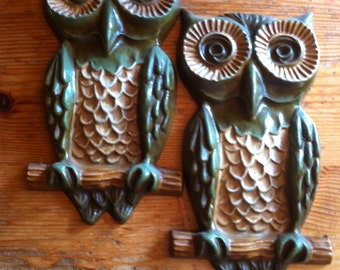 """Who do you love ...... a pair of vintage metal owls wall decor 8"""" by 3"""""""