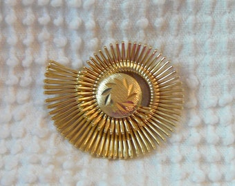Vintage Gold Scarf Clip with Unique Swirl Design - Nice Gift Idea to Pair with a Scarf - Great Element for Jewelry Making
