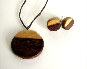 Horizon - Minimalist Wamara Rosewood Hand Carved Set - Earrings and Pendant With Hemp Necklace by Tanja Sova