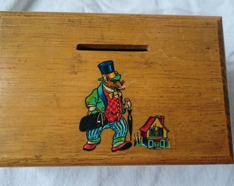 Vintage Wooden Ireland Souvenir Money Box Bank with Mouse Illustration  1940's - 1950's