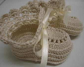 Crochet Baby Booties ECRU Newborn Baby Girl or Reborn Doll