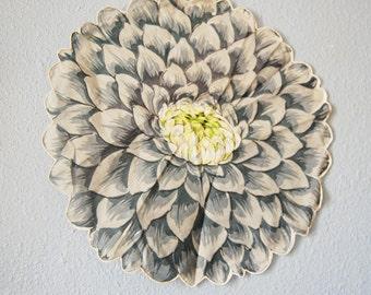 Vintage Figural Flower Dahlia or Chrysanthemum Hankie 1950s Scalloped Edge Hanky Grey