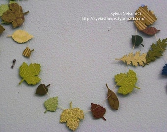 Beautiful Green Leaf Garland......9 Ft of Leaves and Acorns... photo prop....removeable gift tag... decor...lucious greens and browns