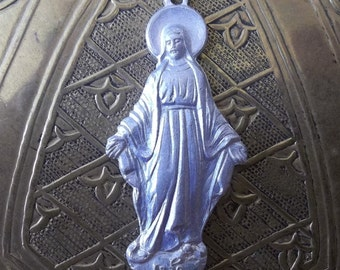 Beautiful Vintage Figural Miraculous Medal Of The Immaculate Conception 1830 Blessed Virgin Mary Mother Of God, Aluminum