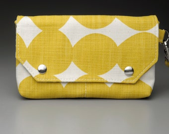 Wristlet / Wallet / Yellow Wallet / Organizer / Clutch