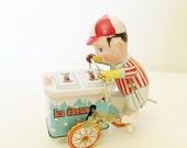 Ice Cream Man - Wind Up Toy