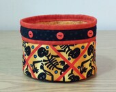 Quilted Fabric Bowl - Skeltons (HQB19)