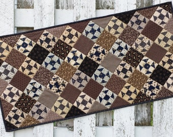 Quilted Shoo Fly Table Runner (EDTR31)