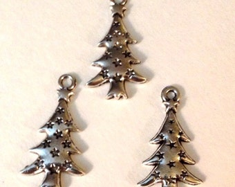 10 Christmas Holiday Tree Charms - Antique Silver - SC116#GE
