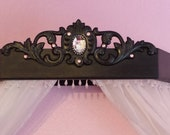 Bed Crown custom  with space for a cabochon