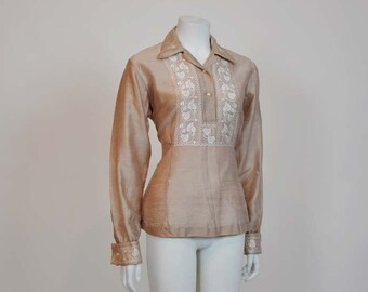 50s blouse / Vintage 1950's Climbing Ivy Embroidered Blouse French Cuff
