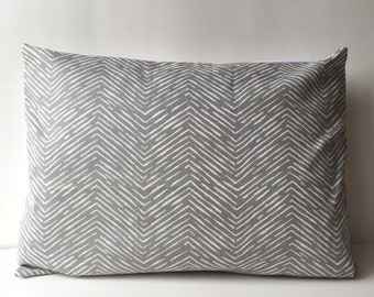 14x18 grey and white, chevron pattern