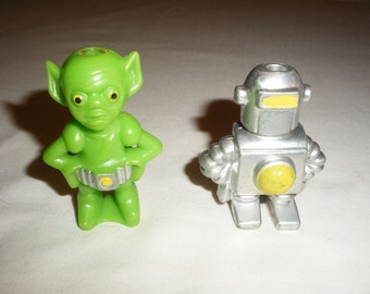 "Vintage 2"" Robot and Alien Candle Holder Toy Wilton Toys 1978"