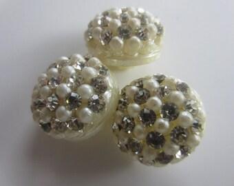 Vintage Buttons -3 matching beautiful acrylic off white, rhinestones 1950's  (lot set 159)
