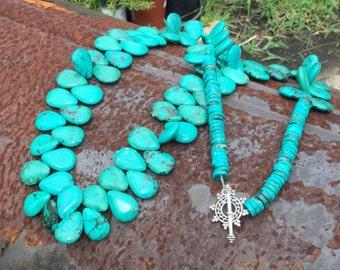 Southwestern Turquoise Necklace  \\  Layering Necklace \\ Cowgirl Chic \\ Cowgirl Glam \\ Southwestern Jewelry