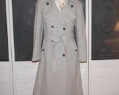 Vintage Ruby Martin Herringbone Double Breasted Wool Trench Coat Beige Gray