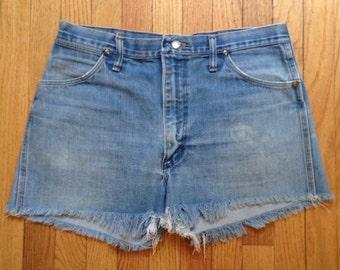 "Vintage 1970s Wrangler high-waisted cut-off jean shorts, 36"" waist"