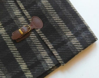 "iPad Case. 9-10"" Tablet Case. Wool/Plaid/Padded."